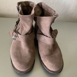 DV by Dolce Vita ankle boots, size 7